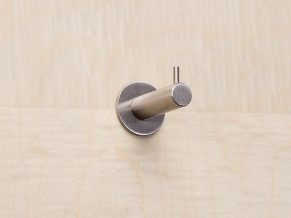 Pin_coat_-hook-on-SYCAMORE