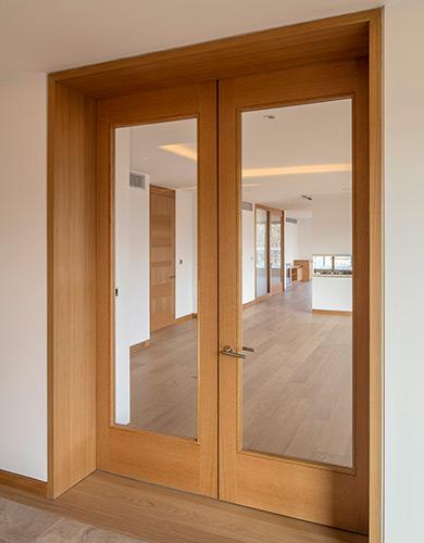 Shadcore_veneered_fire_doors_with_glazing