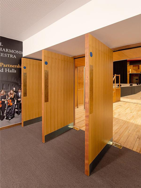 Shadbolt_Fairfield_Halls_Veneered_entrance_doors_to_auditorium